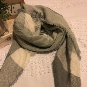 Grey Plaid Cashmere Feel Plaid Triangle Scarf